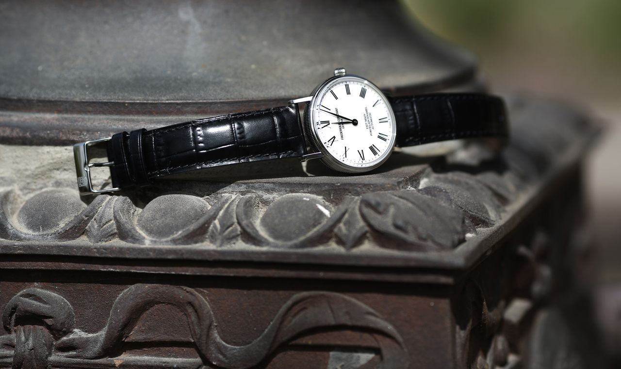 Frederique-Constant-Classics-Art-of-Porcelain-mood