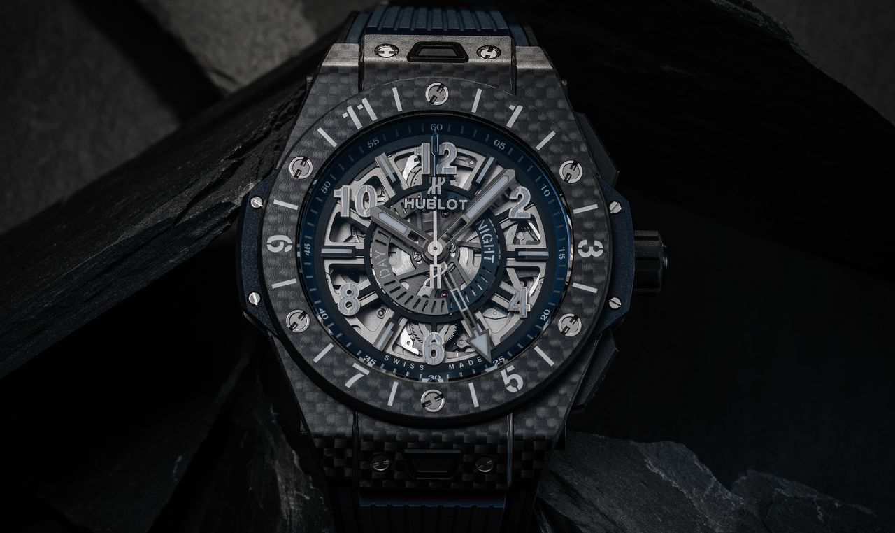 Hublot-Big-Bang-Unico-GMT-Carbon-mood