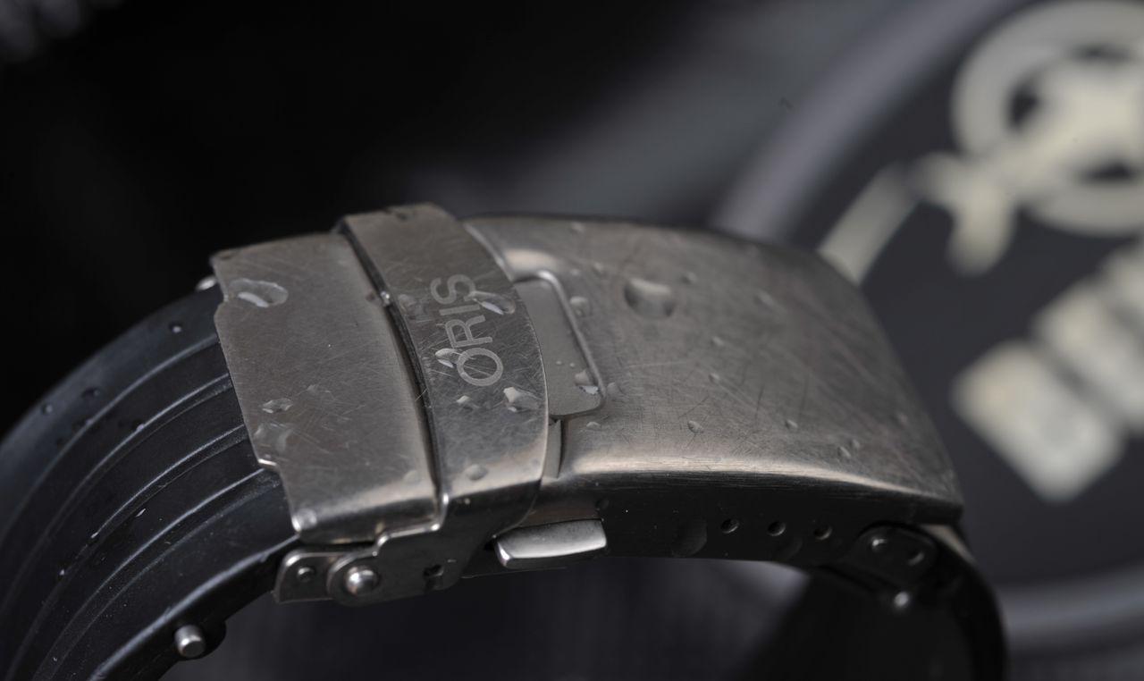 Oris TT1 Titanium 1000m - teljes értékű funkcionalitás, leharcolt megjelenés - Fotó: Koncz Enikő