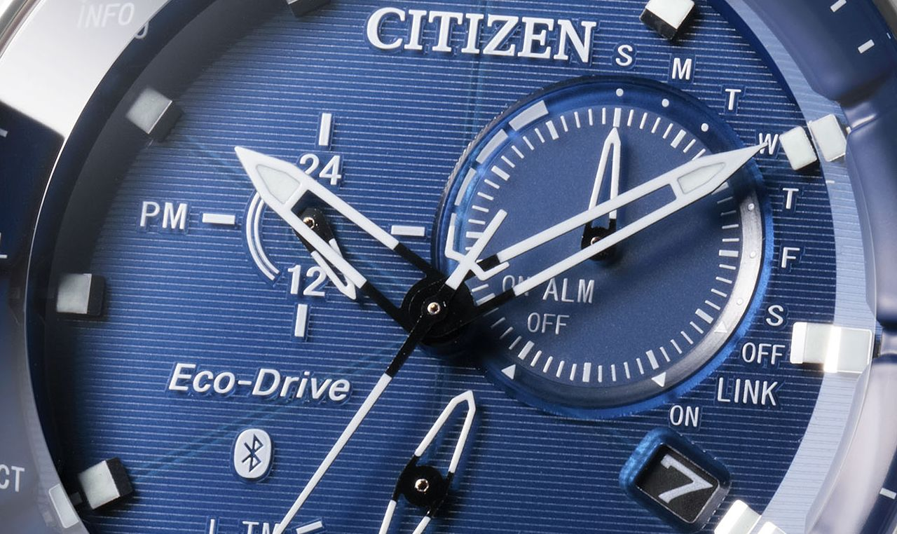 Citizen BZ1020–14L bluetooth karóra