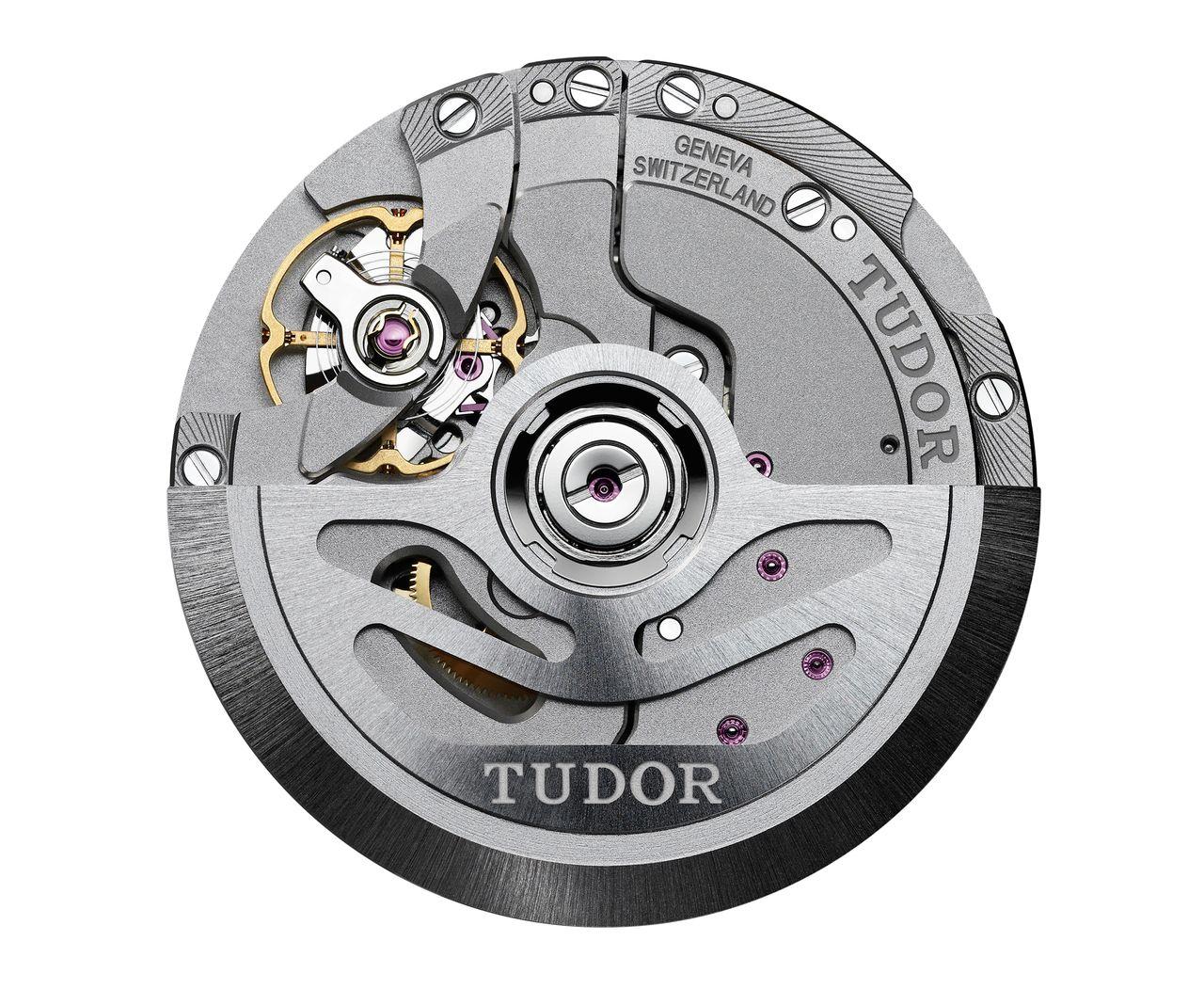 Tudor Black Bay GMT - kronométer-tanúsítvánnyal ellátott MT5625-ös kaliber, 70 órás járástartalékkal