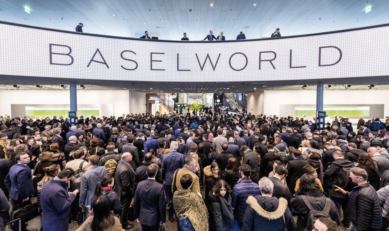 Földrengés a Baselworldön