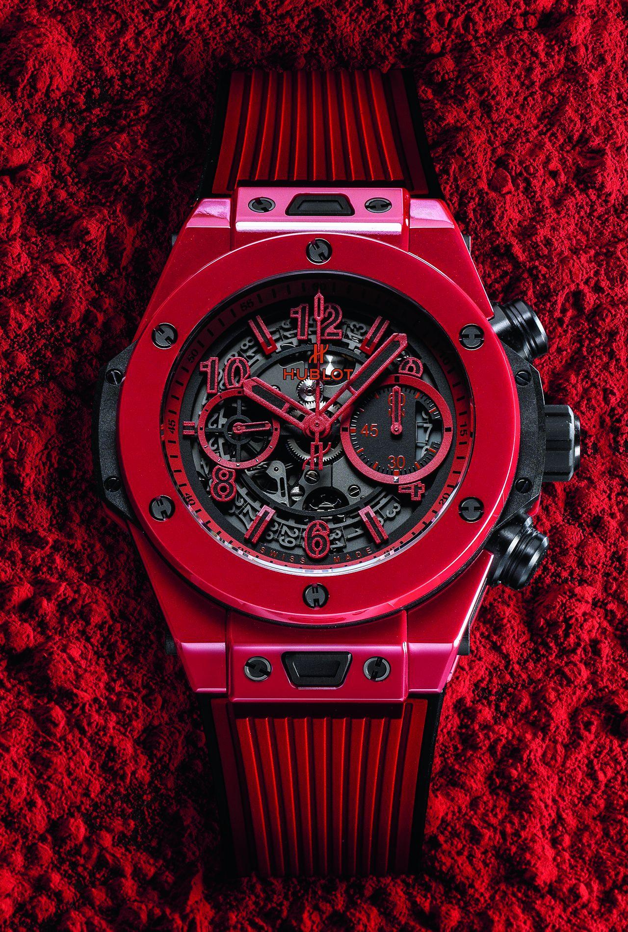 Hublot Big Bang Unico Red Magic - Nagyon piros az anyagában piros kerámia tok, amely technológiát az Hublot szabadalmaztatott