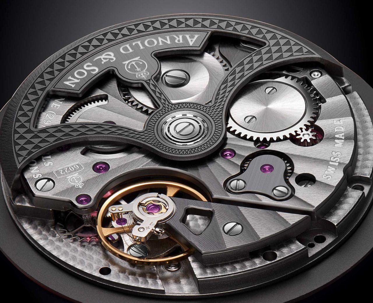 Arnold & Son Globetrotter - az A&S6022 manufaktúra kaliber hozza azt, amit a márkától megszoktunk