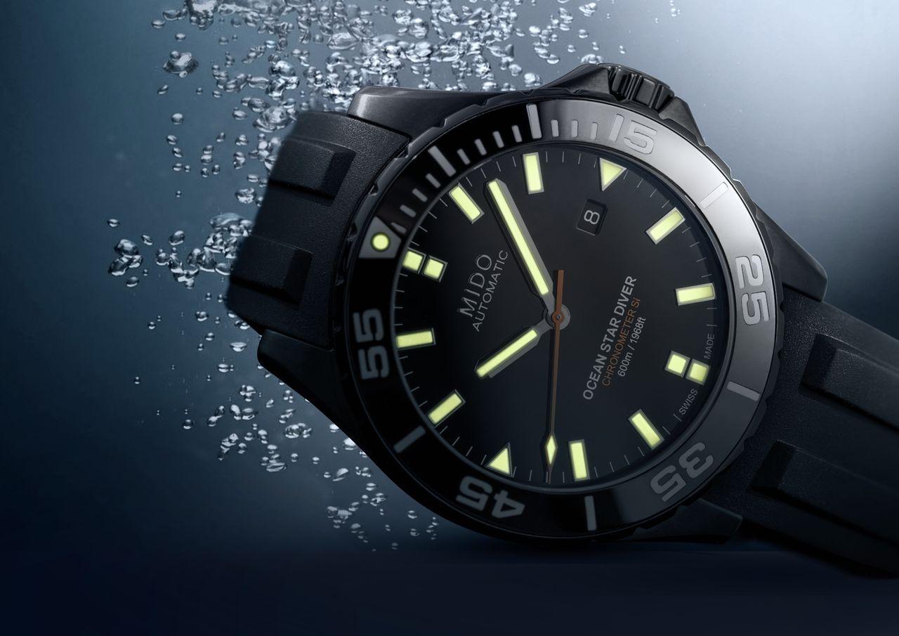 Mido Ocean Star Diver 600 - valójában ennél sokkal látványosabban fénylik