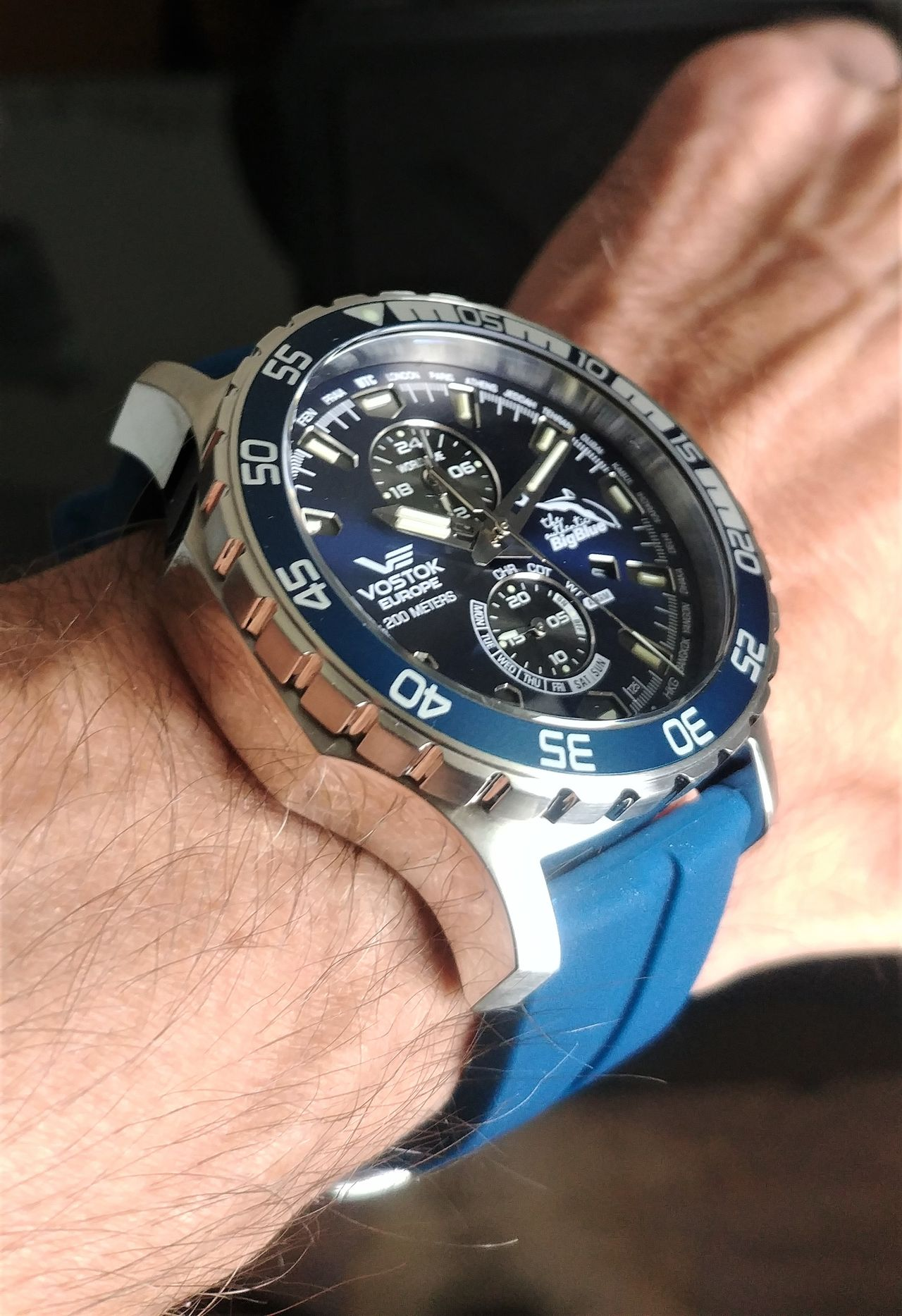 Vostok Europe The Authentic Big Blue Limited Anniversary Edition - mandzsettával ne bajlódjunk - Fotó: Venicz Áron