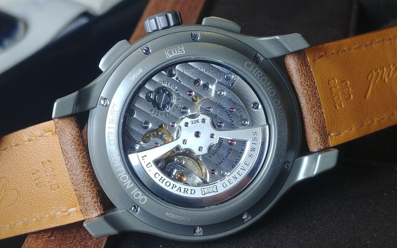 Chopard L.U.C Chrono One Flyback - az óra egyedüli díszített fele