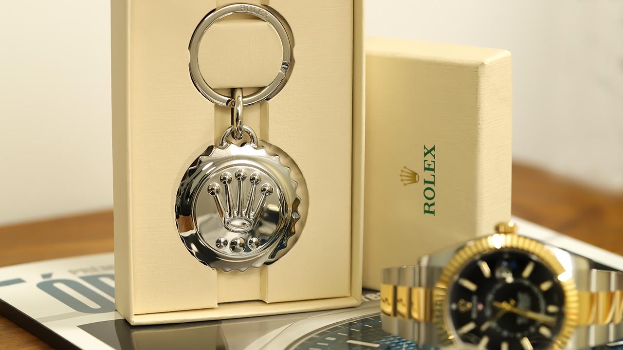 Rolex Skydweller és Rolex kulcstartó. Fotó: @RetekG