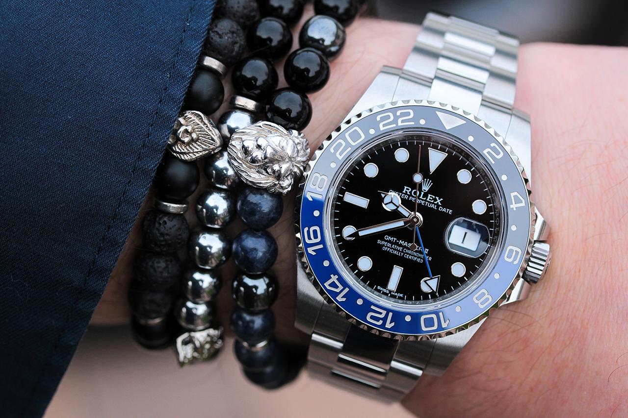 Rolex GMT Master II, színben is illő karkötőkkel. Fotó: @RetekG