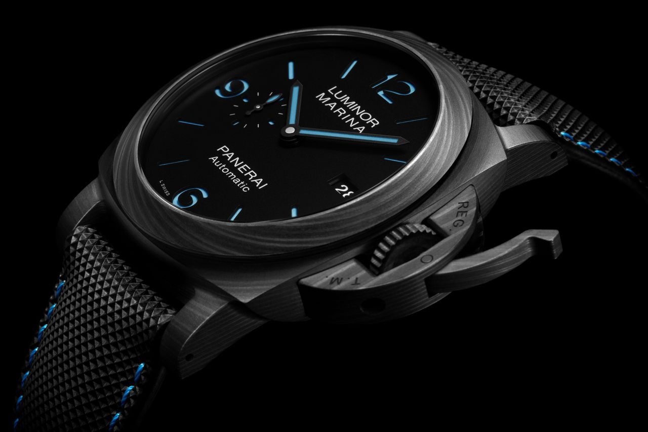 Officine Panerai Luminor Marina Carbotech PAM01661