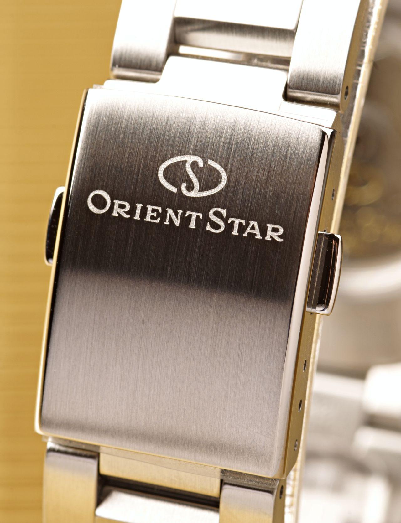 Orient Star Basic Date - szép részletek, bárcsak ne lemez lenne / Fotó: Venicz Áron