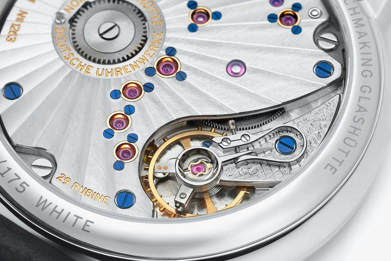 Nomos Lambda - 175 Years Watchmaking Glashütte - gazdagon díszítették