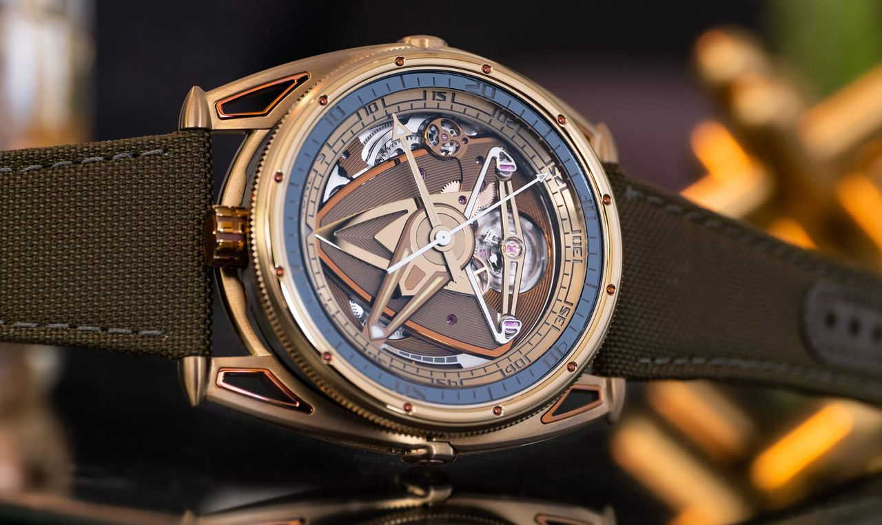 De Bethune DB28GS Yellow Submarine