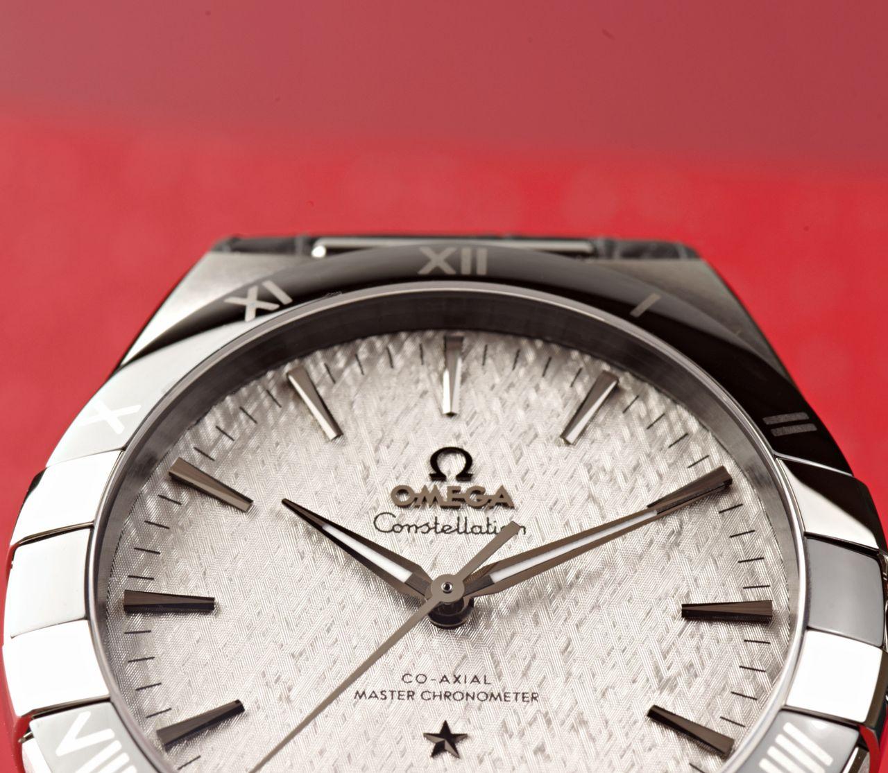 Omega Constellation Co-Axial Master Chronometer 41 mm - szép élmény elveszni a számlap textúrájában / Fotó: Venicz Áron