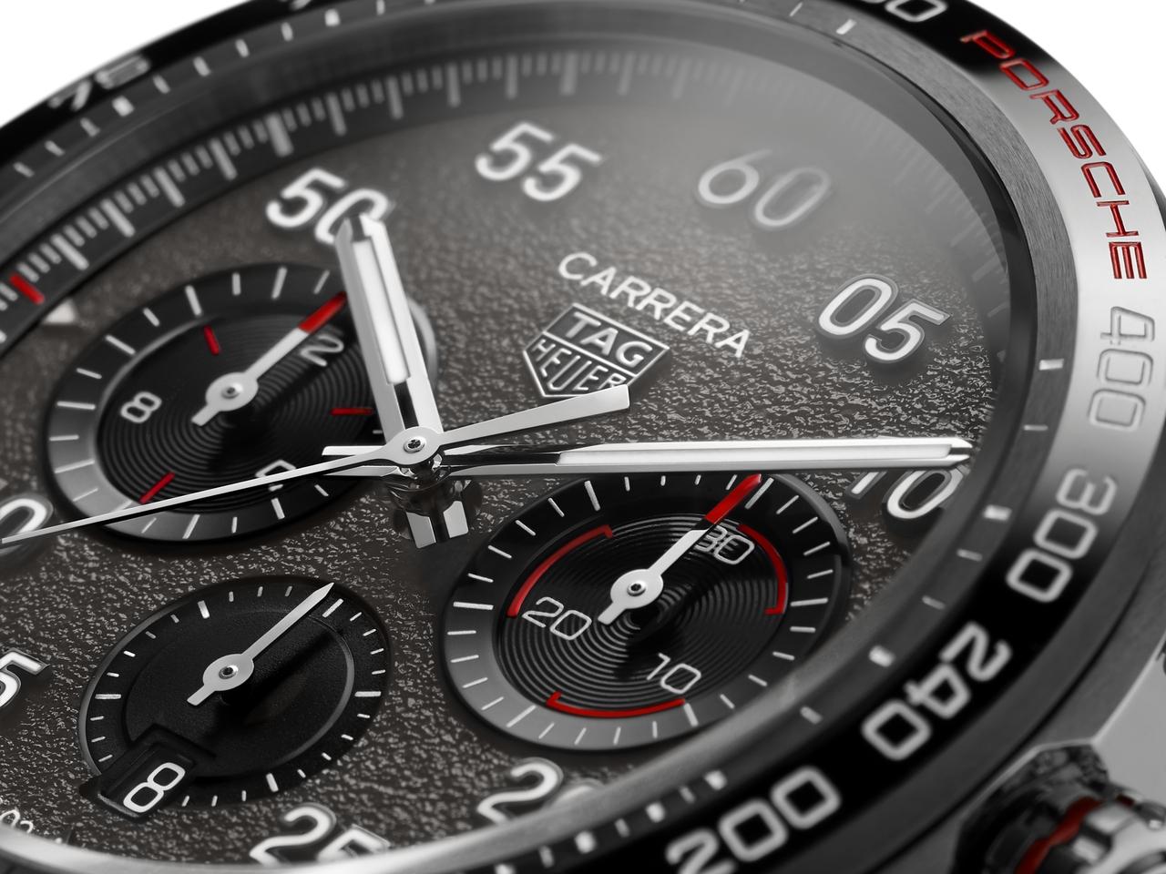 TAG Heuer Carrera Porsche Chronograph Special Edition - aszfalt a számlapon