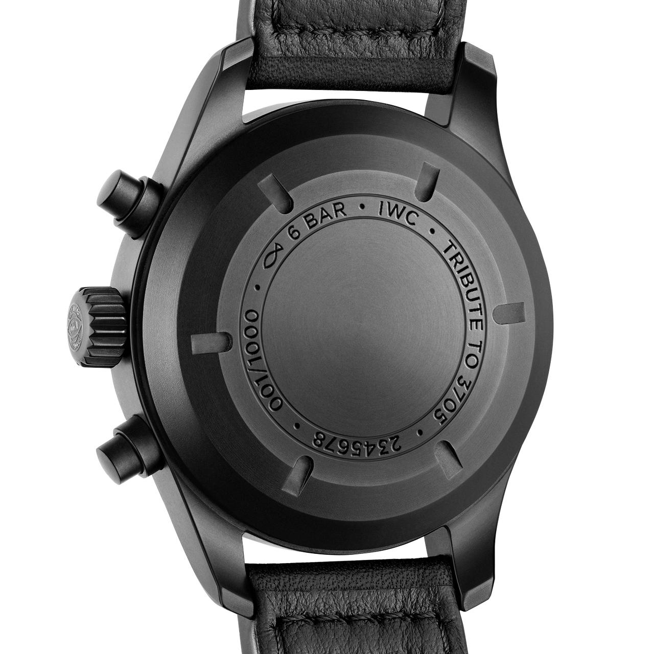 "IWC Pilot's Watch Chronograph Edition ""Tribute to 3705"" - semmi extra hátul, sajnos"
