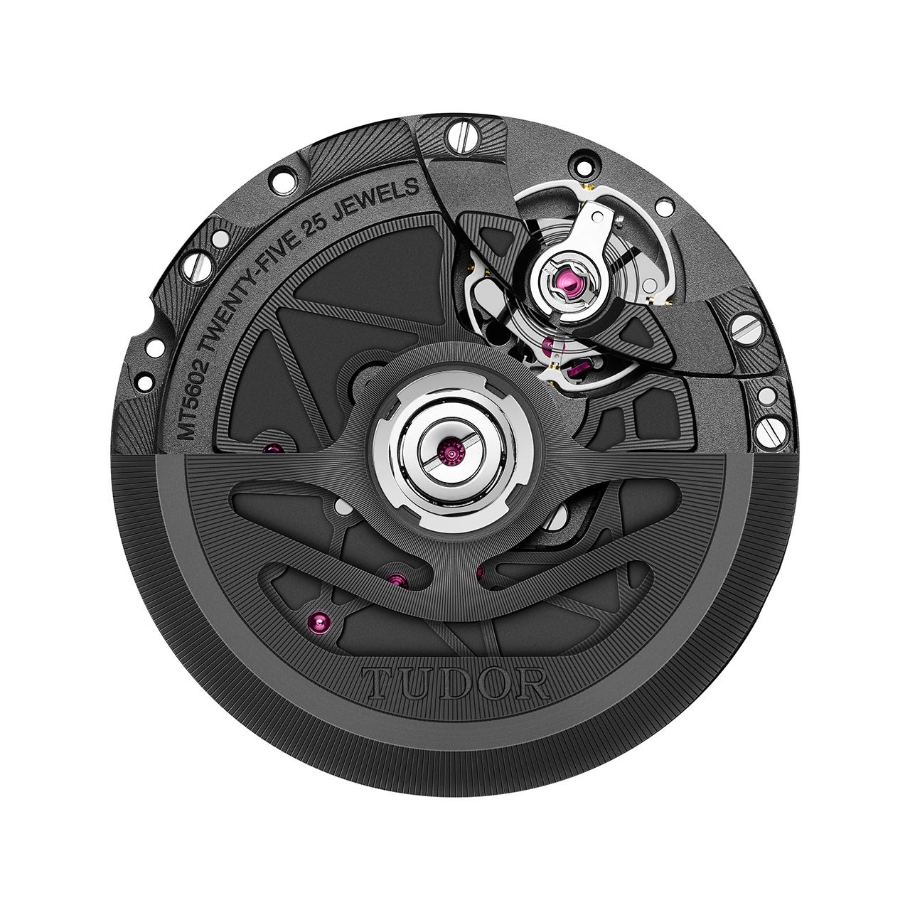 TUDOR MT5602-1U jelű, igen pontos, a 15.000 gauss elektromágneses térnek is ellenálló mechanika. Forrás: TUDOR