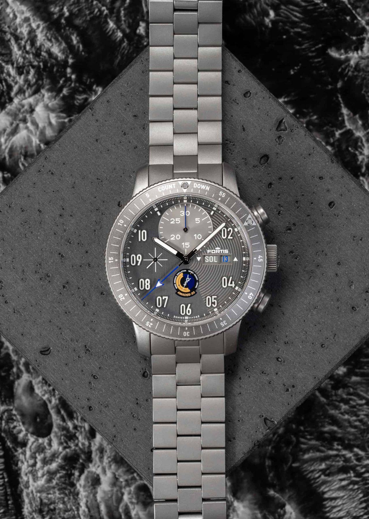 Fortis AMADEE-20 Official Cosmonauts Chronograph - nem egy tipikus 7750-es külső