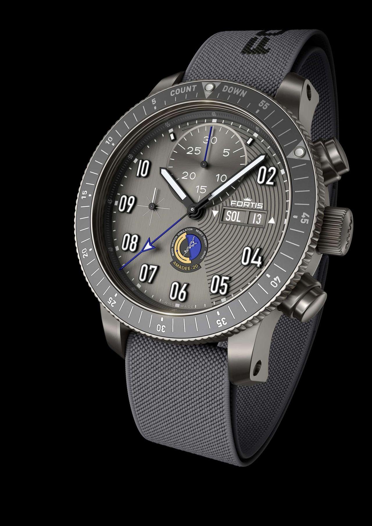 Fortis AMADEE-20 Official Cosmonauts Chronograph - szövetszíj is jár hozzá