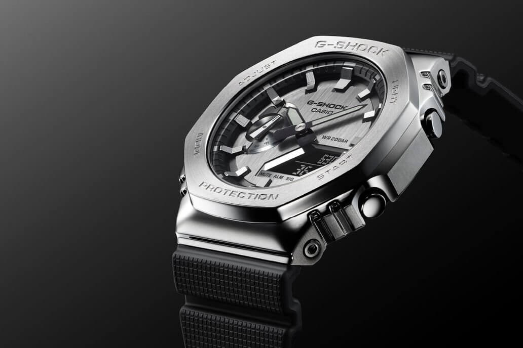 CASIO G-Shock GM-2100 METAL. Referenciaszám: GM-2100-A1. Forrás: CASIO